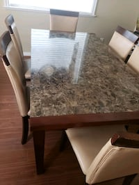 Dining table for sale Surrey, V3W 1G2