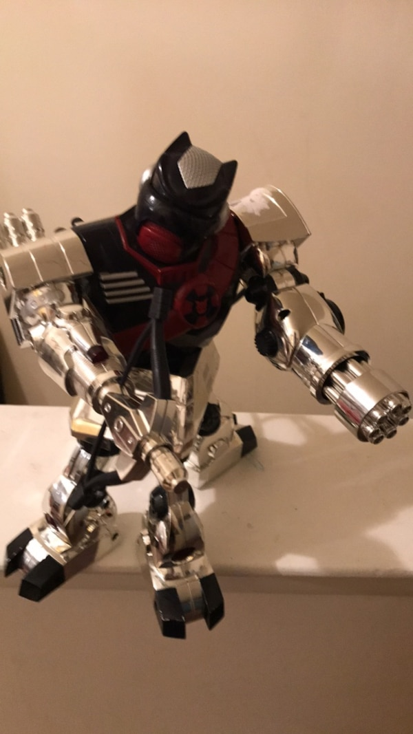 black and gray robot action figure