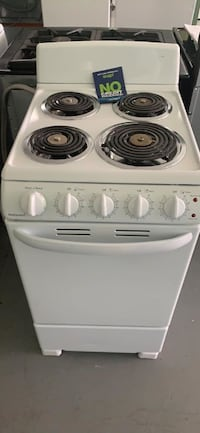 Special order 20 inch electric stove on sale HALF PRICE DELIVERY THRU THANKSGIVING Essex