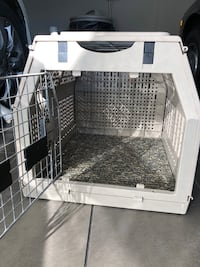 Pet Carrier Nobleton