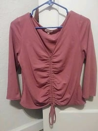 pink v-neck long-sleeved shirt Fresno, 93702