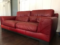Red leather couch Los Angeles, 90007