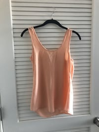 Peachy pink tank top Oxon Hill, 20745