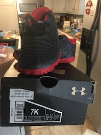 Toddler under armour shoes barely worn Elizabethton, 37643