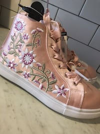 Size 3 Girls pink floral sneakers Woodbridge Township