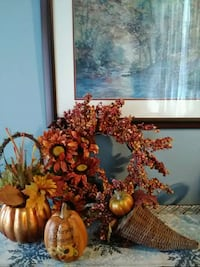 Fall Decor (wreath & 3 center pieces.) Upper Marlboro, 20772
