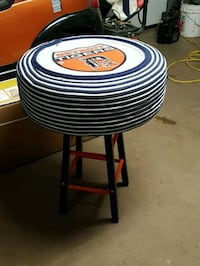 Unique recycled tire table Breslau, N0B 1M0