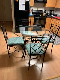 Glass top dining table Silver Spring, 20910