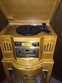 Turntable radio Canfield, 44406