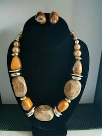 brown and white beaded necklace Nantucket, 02554