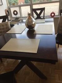 Dining table and 4 chairs excellent condition seat cushions are removable and chairs are in mint condition. Espresso colour Vaughan, L4J