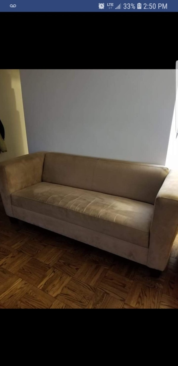 Beige/tan couch