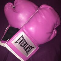 pair of pink-and-white Everlasting boxing gloves Toronto, M3N 2R5
