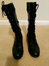 Boots size 9 Martinsburg, 25404