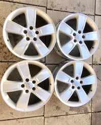 18 alloy rims off a 2011 Kia Soul set of 4 in nice shapes