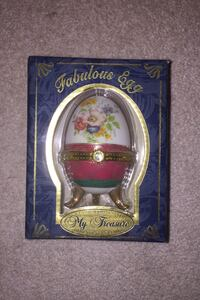 Classic Collectable My Treasure Genuine Porcelain  Clarksville, 21029