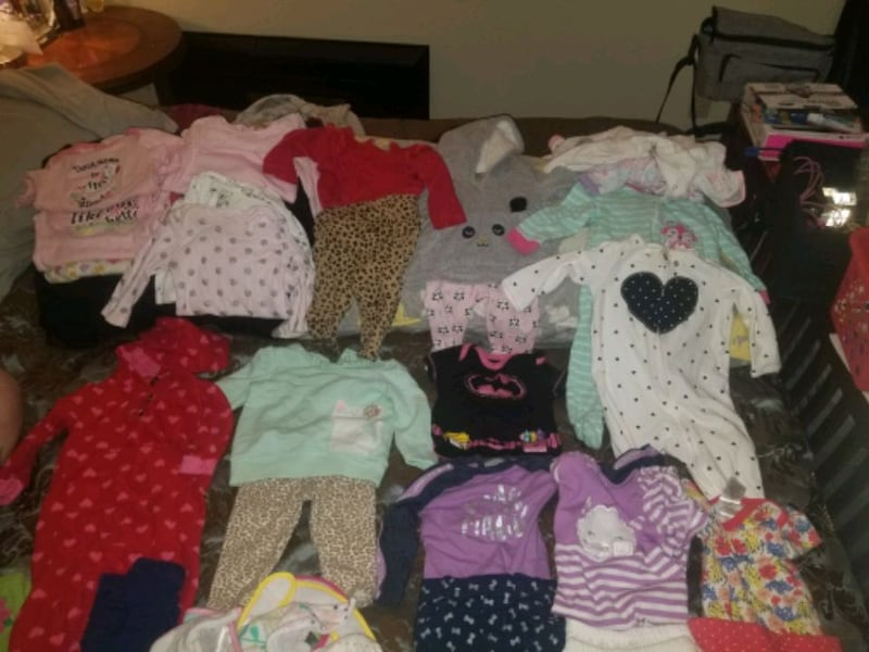 3-6mnth&6mnth babygirl clothes some brand new W/tags c8f3262d-ecc2-41b6-8775-750008e17207