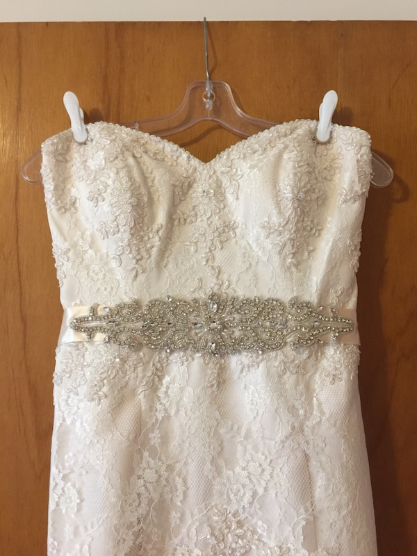 Used Alfred Angelo Wedding Dress For Sale In North Vancouver Letgo