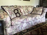 white and pink floral fabric 2-seat sofa Littleton, 80123