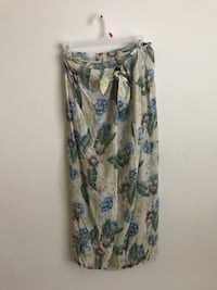 gray and green floral skirt San Marcos, 78666