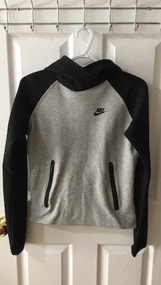 Women's Nike hoodie, size small