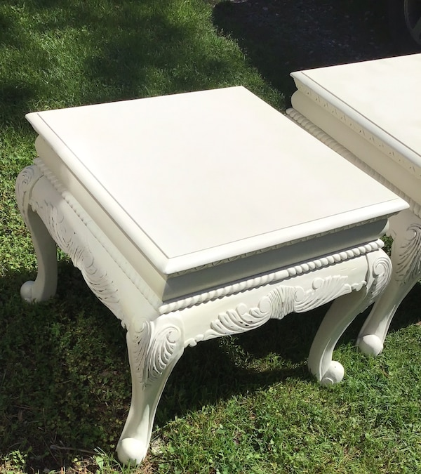 Elegant matching end tables/bedside tables  47fe85ce-01f5-4a4c-afaa-b26778303b6d