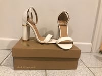 New white open-toe ankle-strap heels size 6 ready to pick up (Charlotte Russe) Terrebonne, J6V 1E3