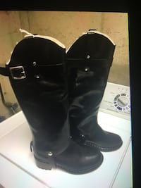 pair of black leather boots Middletown, 10940
