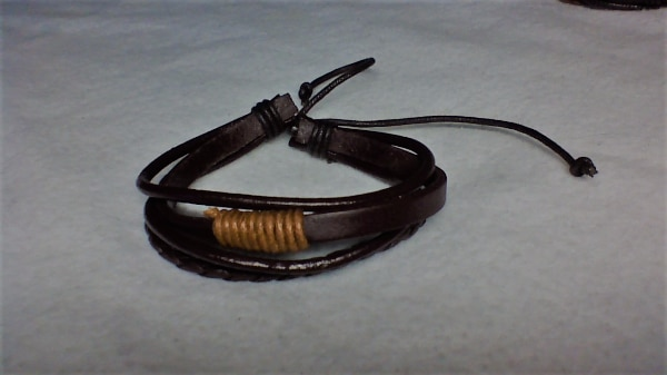 100% BRAND NEW GENUINE LEATHER BRACELETS
