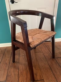 Set of 4 dining chairs  New Orleans, 70117