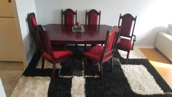 Cherrywood dining table with six chairs 2ea3e90c-5063-4f7c-8043-f566e3cd4813
