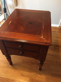 Wooden End Table Alexandria, 22304