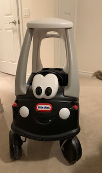 Little tikes police car for toddlers!