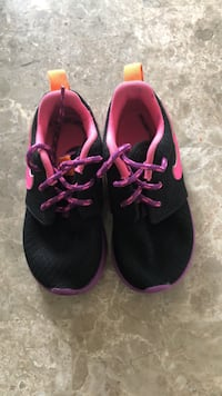 Little Kids Girls Nikes sz 7C Hinesville, 31313