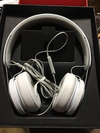 Beats by Dr. Dre EP White Wired On Ear Headphones ML9A2LL/A Providence, 02904