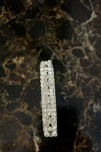 Bracelet silver diamondites. Stretchable  Woodbridge, 22192