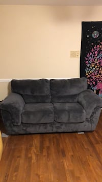 Love seat, Couch, Chair Winchester, 22601