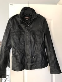 Danier leather jacket size small in excellent condition Brampton, L6V 5G2