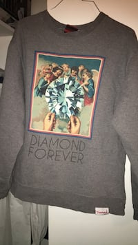 gray and black crew-neck shirt Dearborn Heights, 48127