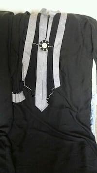 black and white long-sleeved shirt College Park, 20740