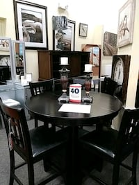 round brown wooden table with four chairs dining set Modesto, 95350