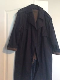 Woman's coat with removable inside size 18. Laval, H7X 3R8