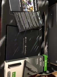 X BOX ONE X TACOBELL LIMITED EDITION Silver Spring, 20903