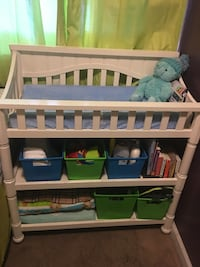 baby's white wooden changing table Bloomington, 92316