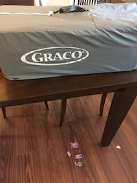 Graco pack and play - used twice Palmetto, 34221