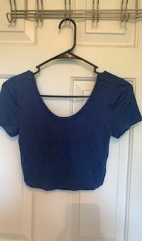 Blue short sleeve cropped top