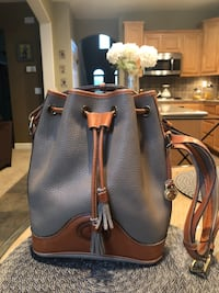 Authentic Dooney & Bourke leather bag Antioch, 94531