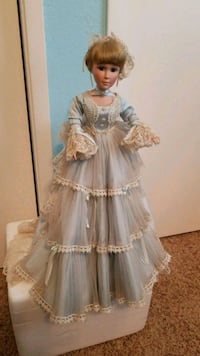 Collectable Doll Redding