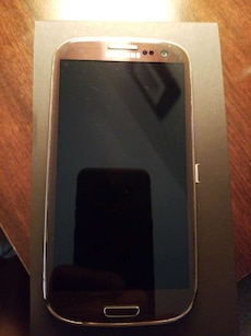 brown Samsung galaxy S3 android smartphone