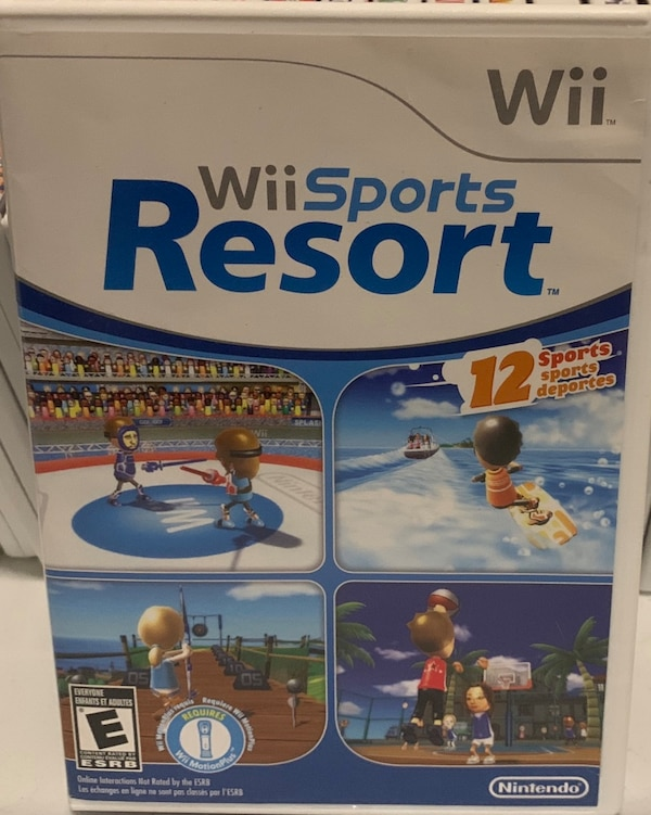 ***MAKE AN OFFER*** WII Sports Resort Game and WII accessories